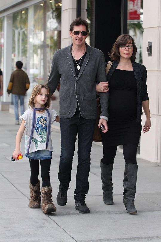 Jovovich s manželem a dcerou Ever Gabo