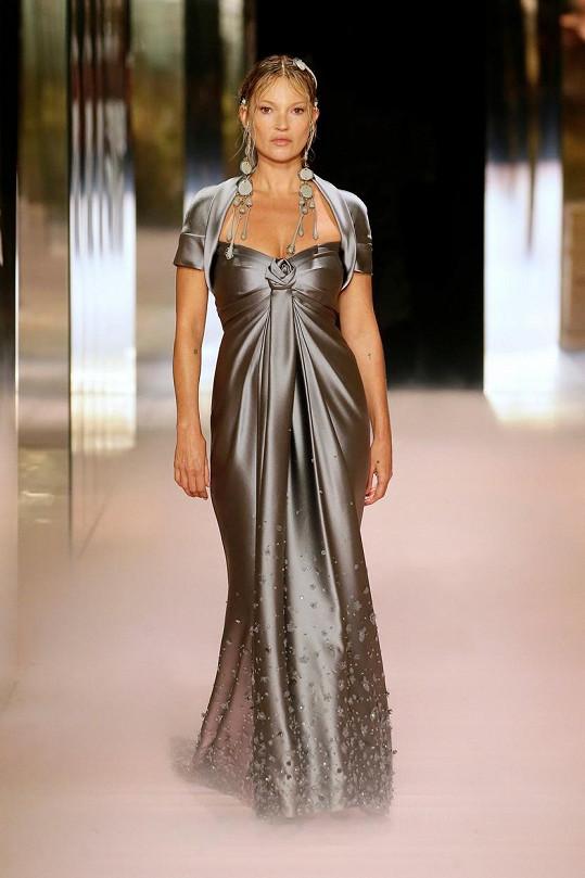 Modelka je múzou a dobrou přítelkyní návrháře Kima Jonese.