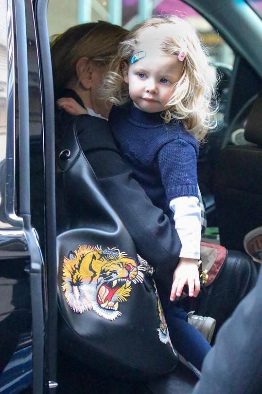 Herečka má rozkošnou dcerku.