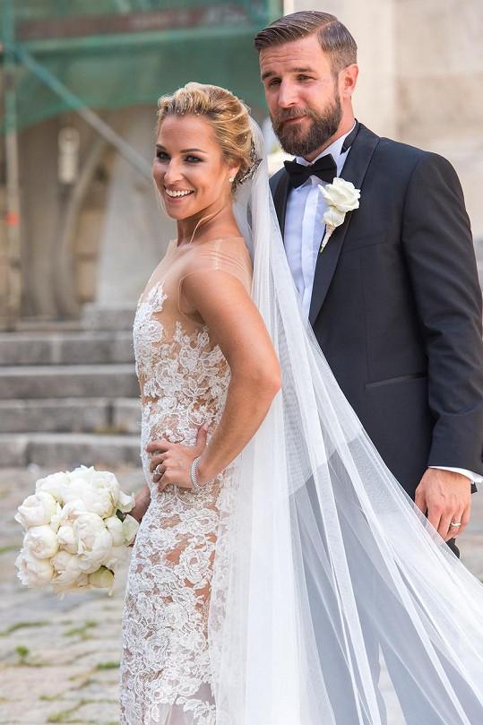 Dominika Cibulková na svatební fotce s Michalem Navarou