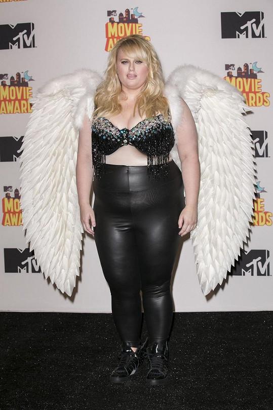 Herečka by jako anděl uspěla v období baroka.