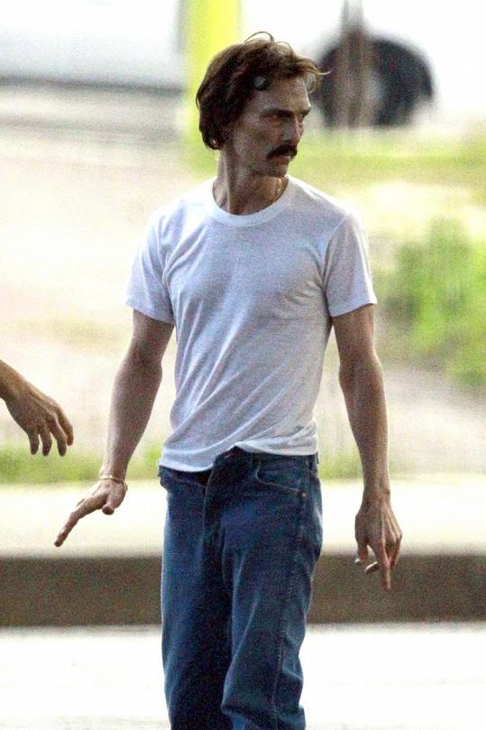 Za roli muže nemocného AIDS ve filmu Klub poslední naděje (2013) dostal Oscara.
