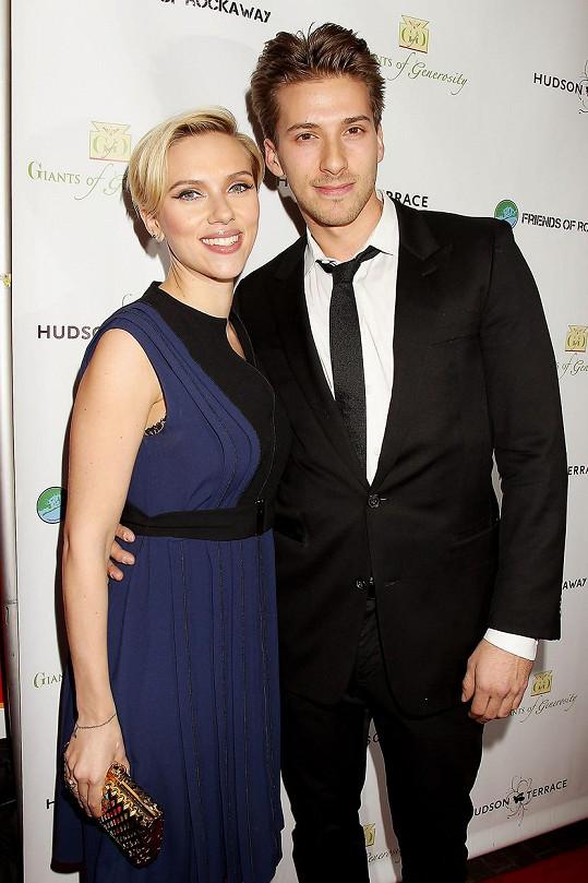 Scarlett Johansson a Hunter