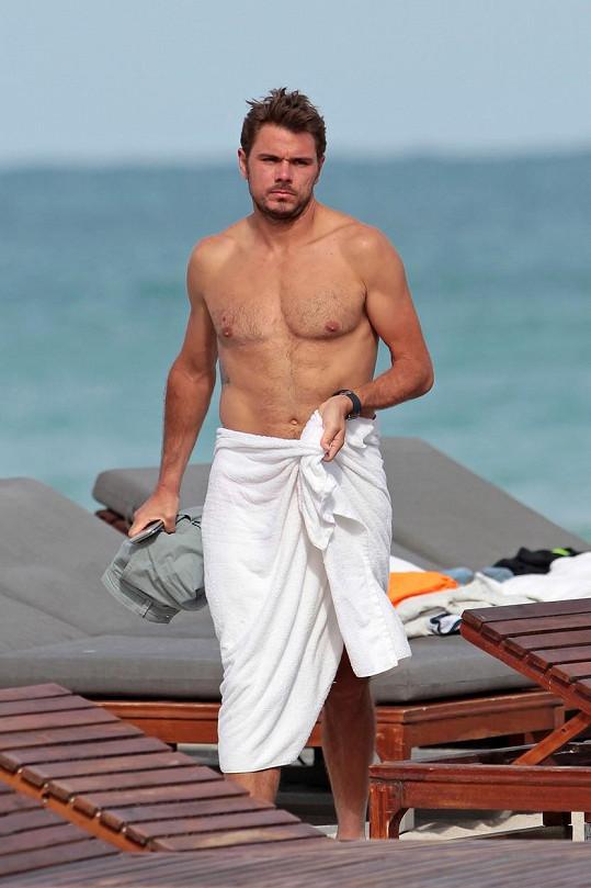 Stan Wawrinka si užíval na pláži v Miami.