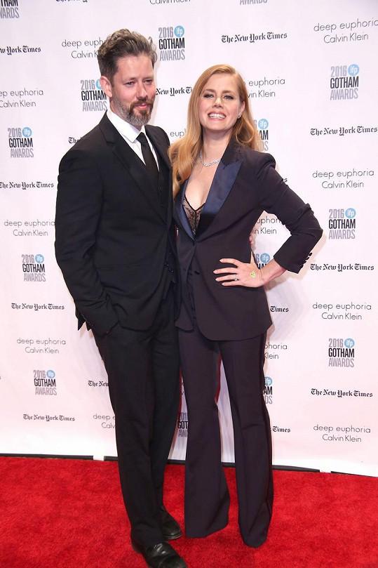 Amy Adams doprovázel manžel Darren Le Gallo.
