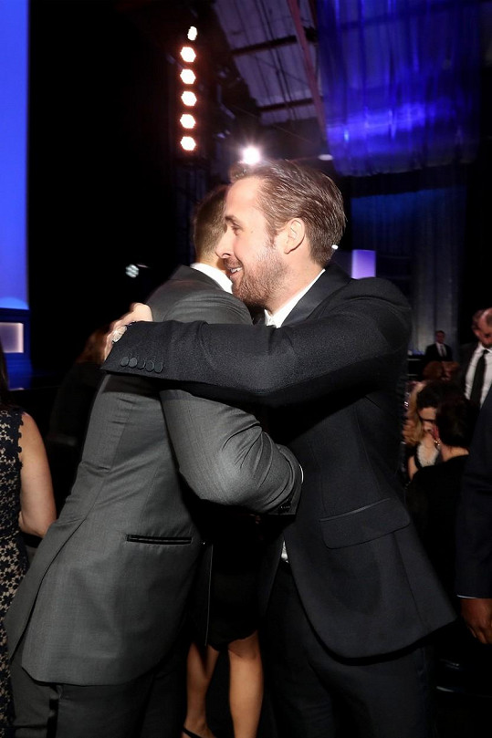 Ryanové spolu mají přátelský vztah.
