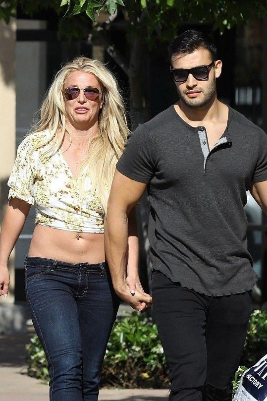 Britney s partnerem Samem Asgharim
