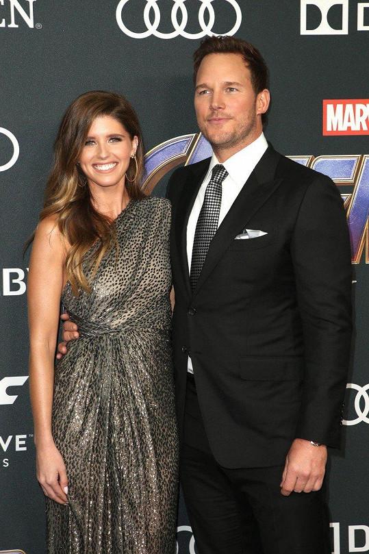 Katherine a Chris oznámili zásnuby v lednu.