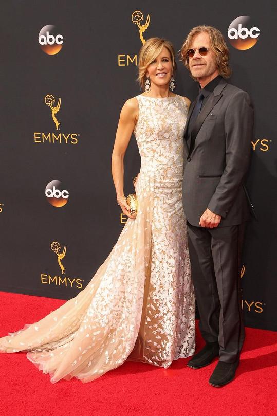 Manželský pár na udílení cen Emmy