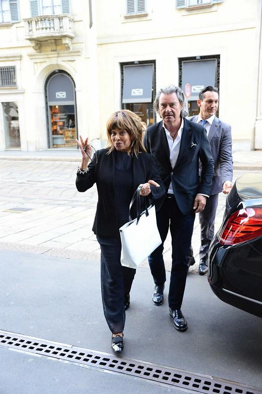 Tina Turner s manželem v Miláně