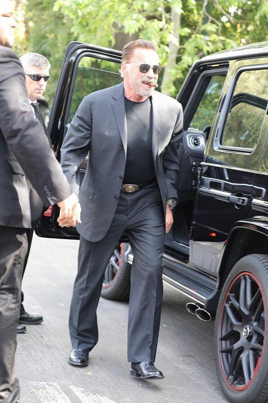 Arnold Schwarzenegger vypadal dobře naladěn.