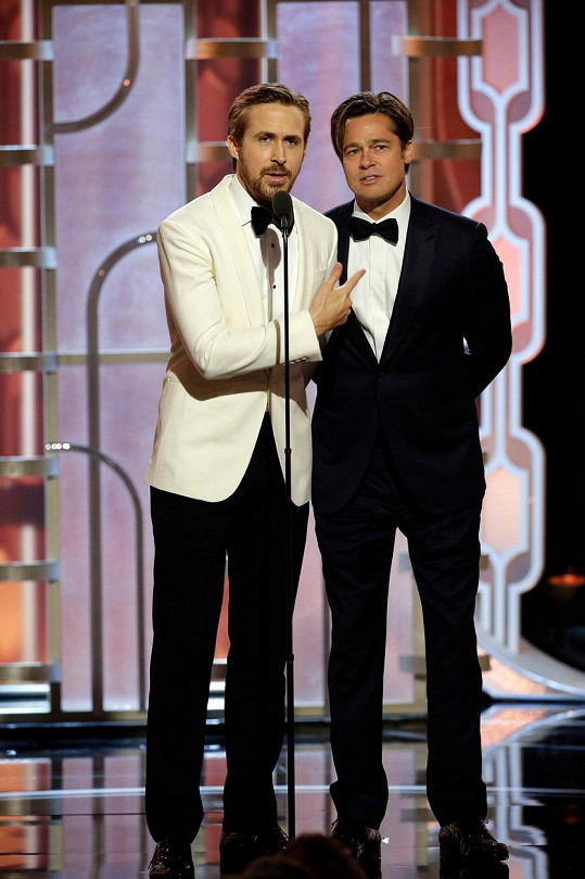 Brad a o téměř dvě dekády mladší Ryan Gosling vypadali na Zlatých glóbech jako vrstevníci.