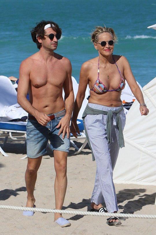 Sharon Stone s partnerem Angelem Boffou