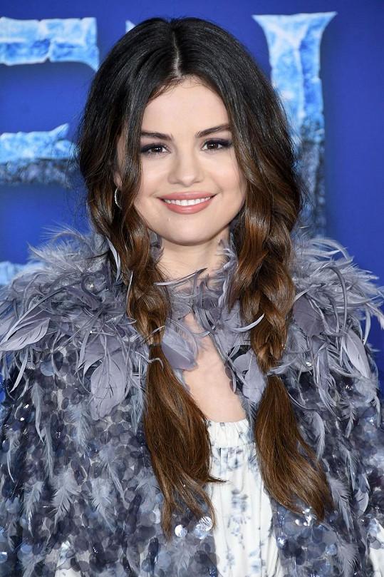 Selena v poslední době jenom září.