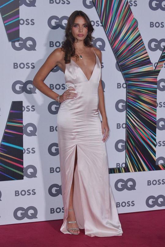Expartnerka Brooklyna Beckhama Hana Cross byla velmi sexy.