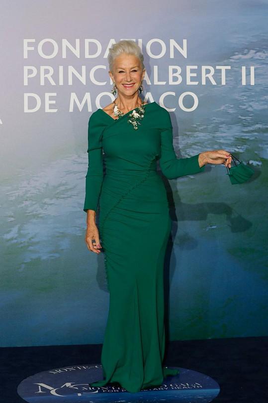 Helen Mirren zvolila zelené šaty.