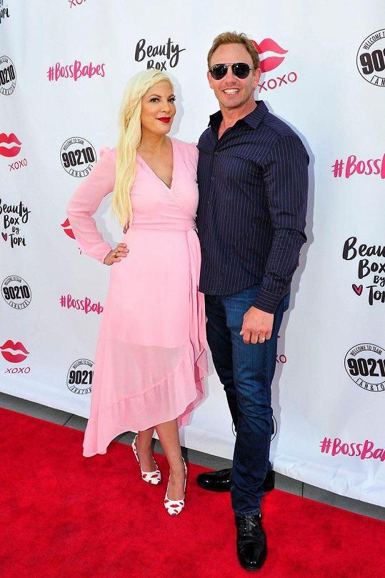Donna a Steve z Beverly Hills 90210 opět spolu