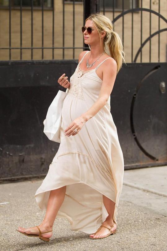 Nicky těsně před porodem