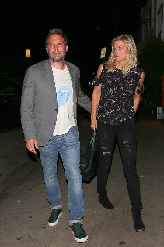 Ben Affleck randí s Lindsay Shookus