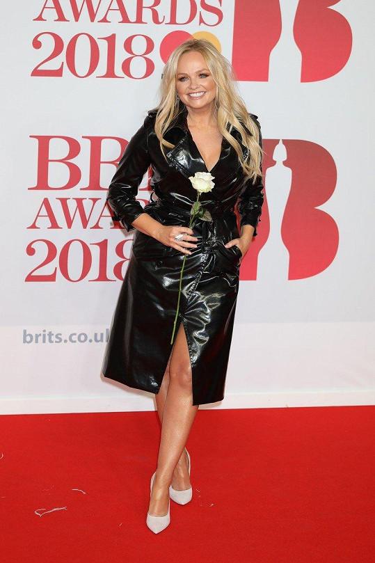Nechyběla tu ani někdejší členka legendárních Spice Girls Emma Bunton.