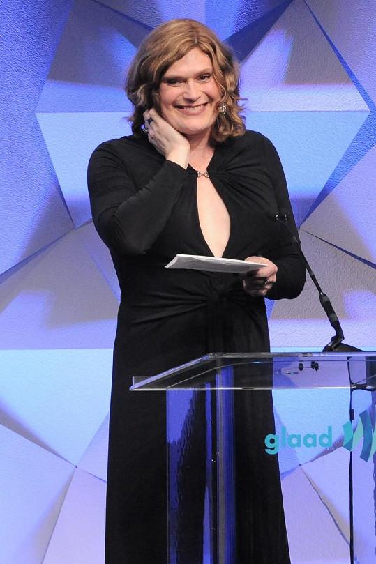 Lilly převzala cenu za seriál Sense8.
