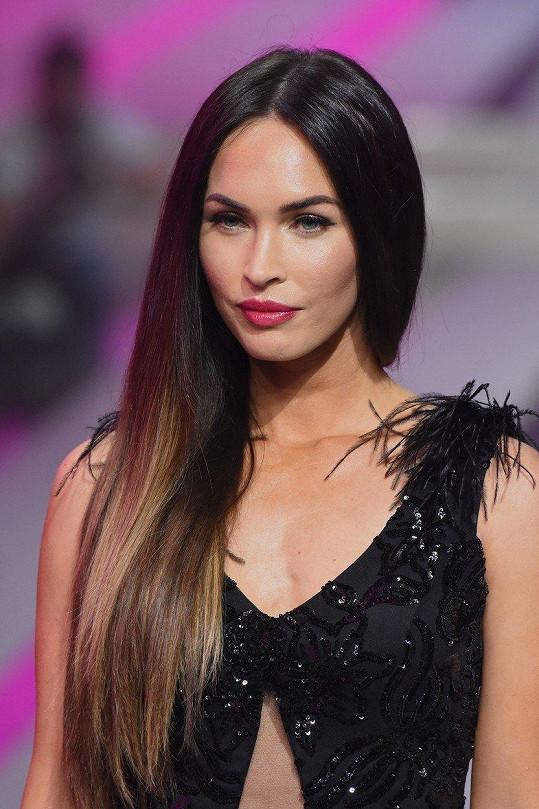 Megan Fox si svým chováním pošpinila pověst.