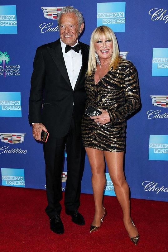 Suzanne Somers s Alanem Hamelem, který je jejím manželem už 40 let.