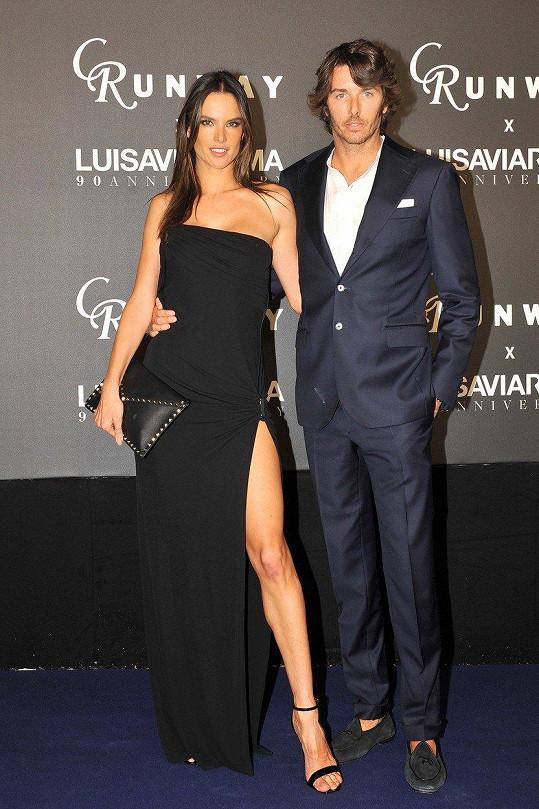 Alessandra Ambrosio a její přítel Nicolo Oddi