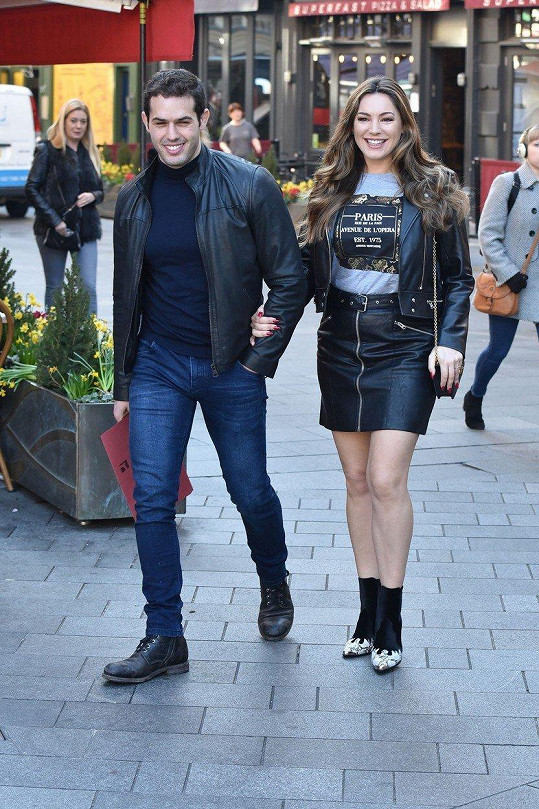 Kelly Brook s partnerem Jeremym Parisim
