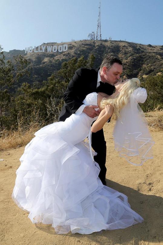 Courtney Stodden mohla znovu obléct svatební šaty...