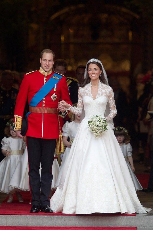 A tady již s manželem Williamem na svatbě v dubnu 2011