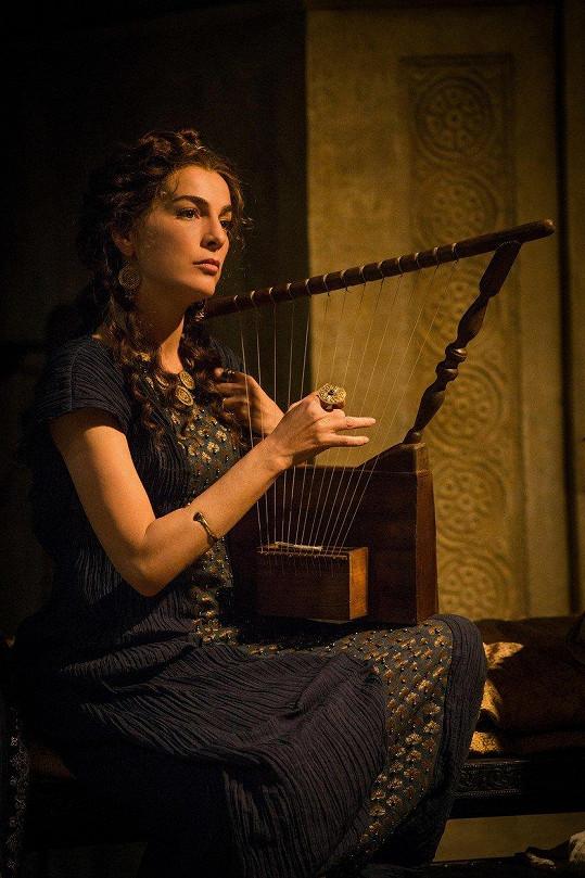 Miladu Horákovou nakonec ve filmu ztvární Ayelet Zurer.