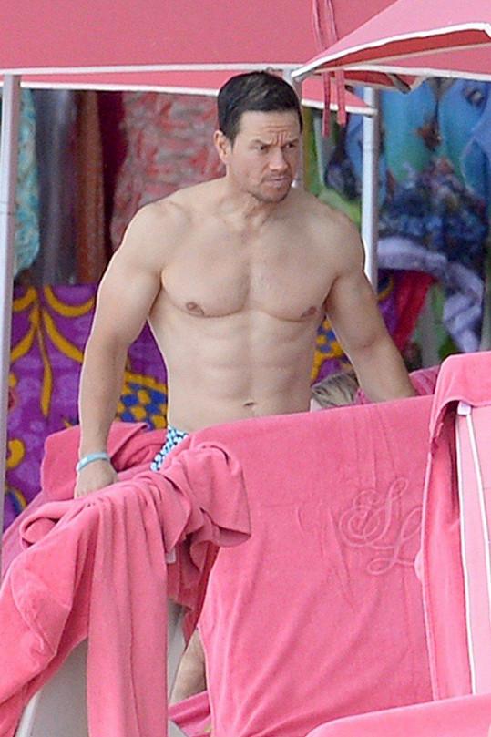 Mark Wahlberg je ve skvělé kondici.