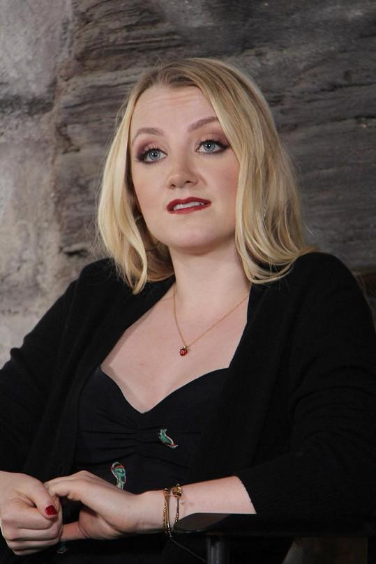 Takhle dnes vypadá herečka, která se poprvé před deseti lety objevila v sérii o kouzelnickém učni.