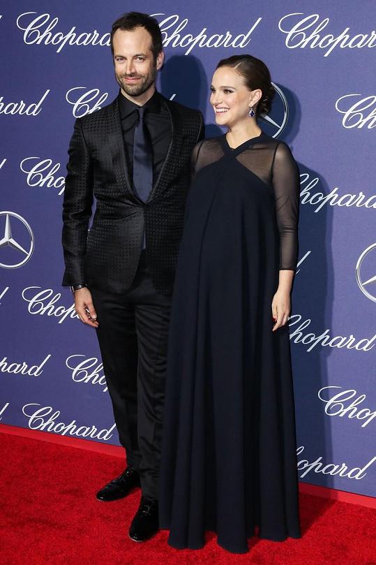 Natalie s manželem na festivalu v Palm Springs