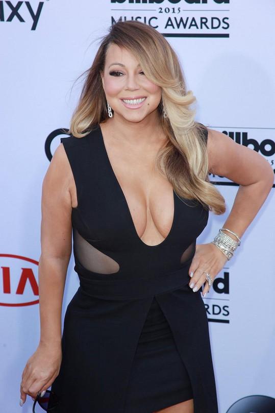 Mariah Carey se zaoblila.