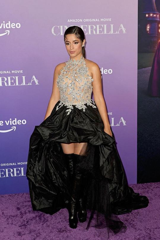 Camila Cabello dostala roli Popelky.