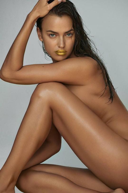 Irina se nebojí ukázat nahá.