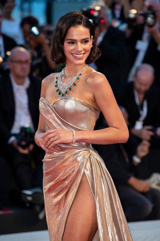 Bruna Marquezine je úspěšnou seriálovou herečkou.
