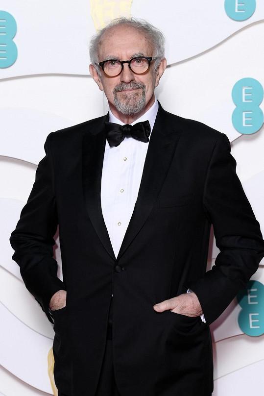 Prince Philipa v letech 1990 až 2003 ztvární Jonathan Pryce (73).