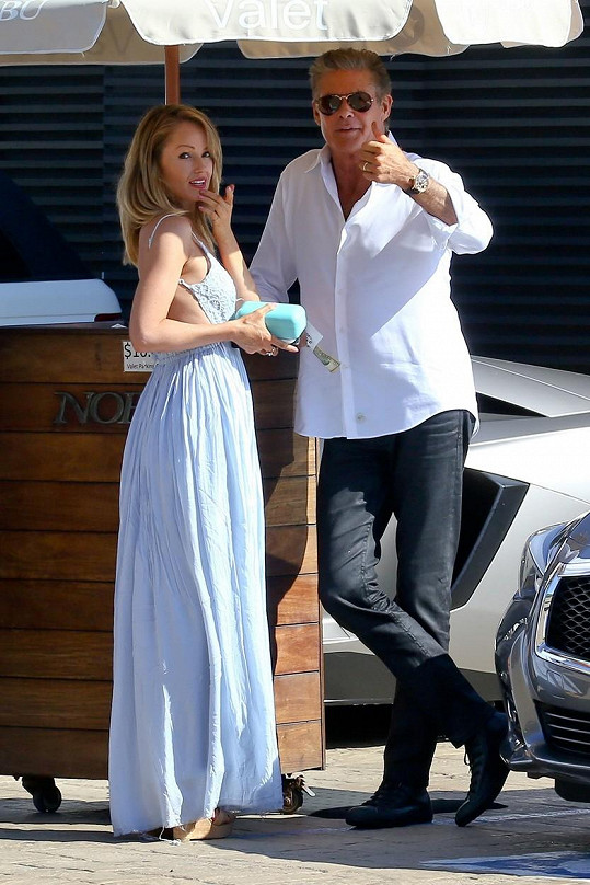 David Hasselhoff se snoubenkou