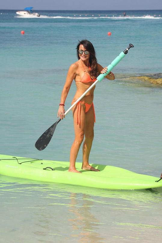 Na pořadu dne byl i paddle-boarding.