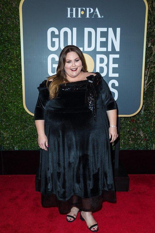Na Zlatých glóbech Chrissy dodržela černý dress code.