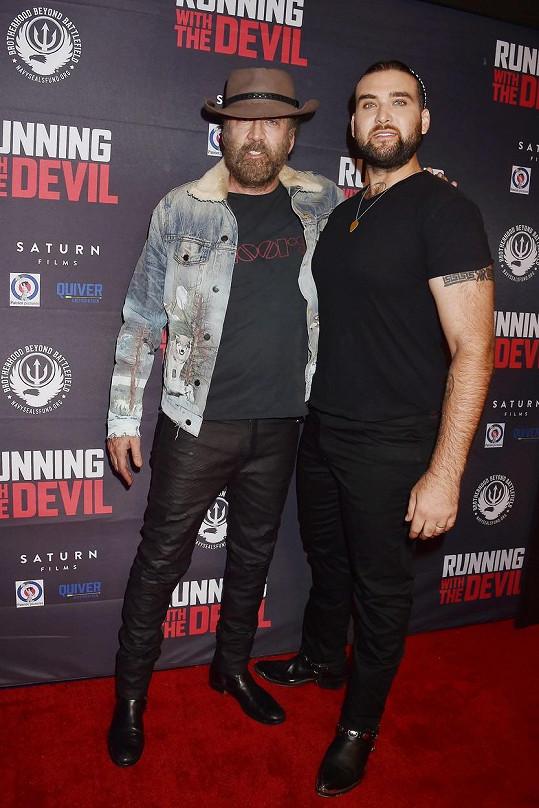 Nicolas Cage se zhostil výchovy syna Westona sám.