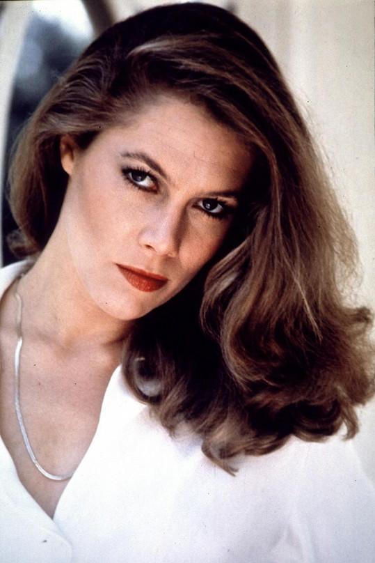 Kathleen v roce 1981, kdy zazářila ve filmu Žár těla a její kariéra se rozběhla naplno.