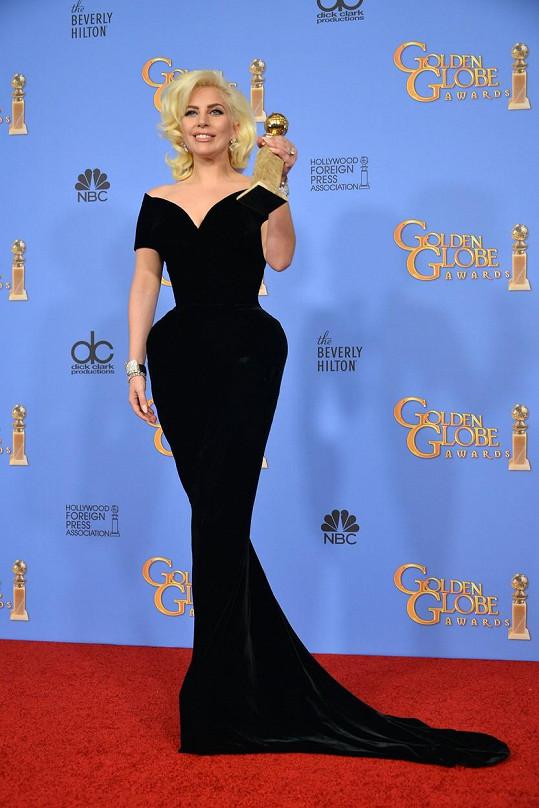 Lady Gaga v děkovné řeči na Zlatých glóbech uvedla, že herečkou si přála být ještě dřív než zpěvačkou.