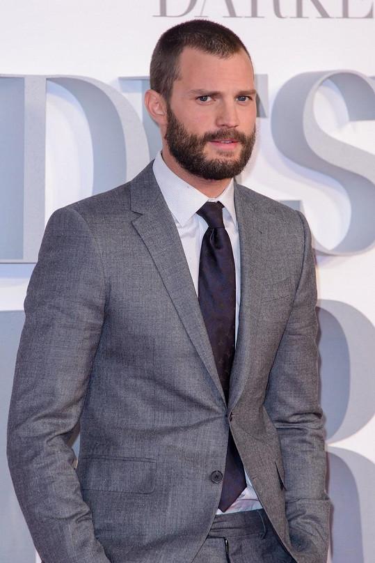 Jamie Dornan si roli pana Greye zopakuje i ve třetím filu s názvem Padesát odstínů svobody.