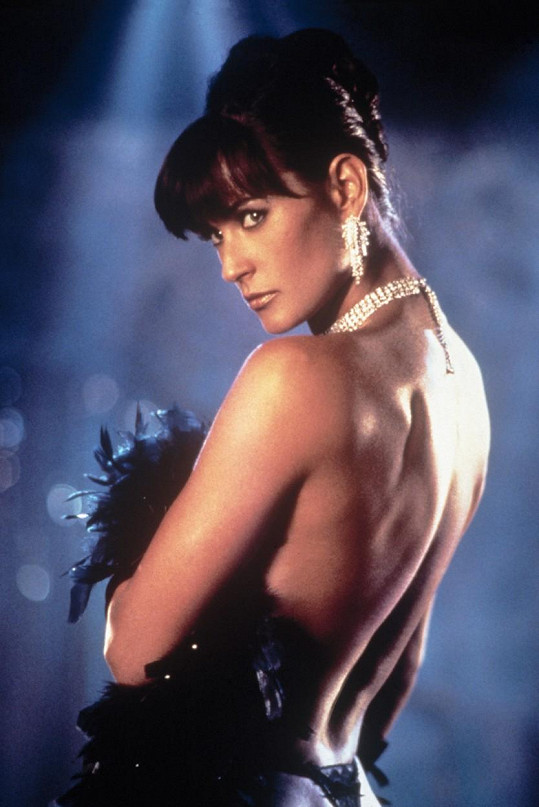 Demi Moore ve filmu Striptýz (1996)