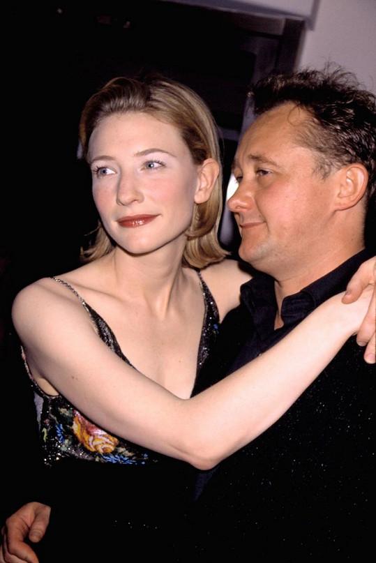 Cate Blanchett s manželem Andrewem Uptonem v roce 1998, krátce po svatbě.