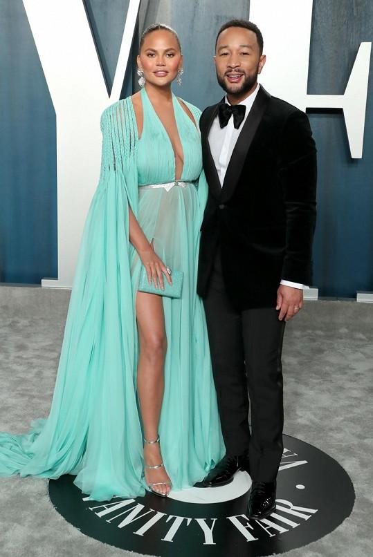 Bolestnou zkušenost za sebou mají také modelka s manželem Johnem Legendem.